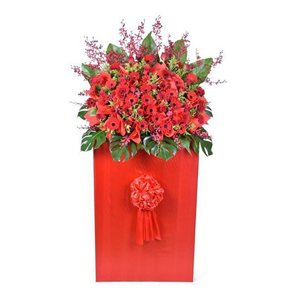 Red Roses and Gerbera Stand
