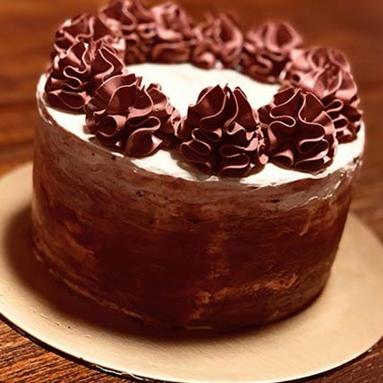 Delicious Swirl Vanilla Cake 8 inches Eggless