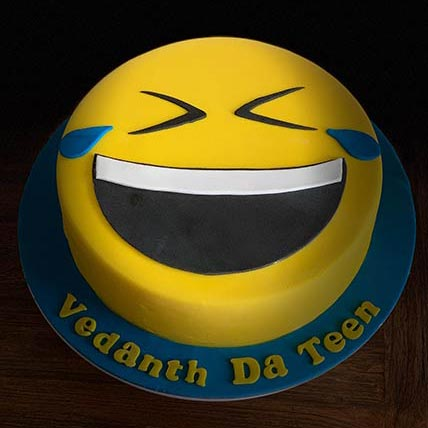Laughing Emoji Vanilla Cake 9 inches Eggless
