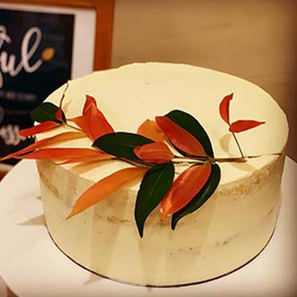 Tropical Leaf Vanilla Cake 8 inches Eggless