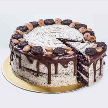 Cookies N Creme Cake 8 inches