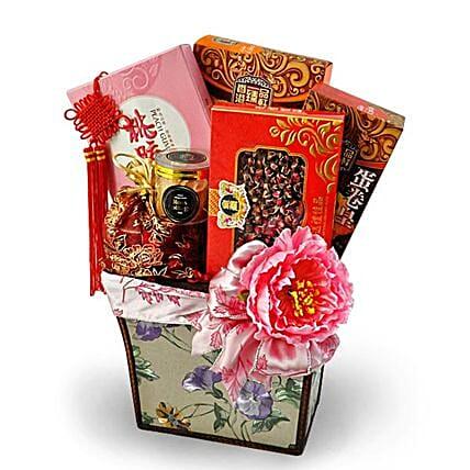 Traditional Oriental Gift Basket